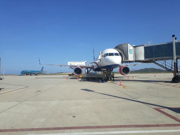Dịch vụ vận chuyển hàng không Mison Trans