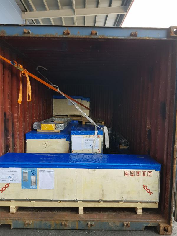 Hàng hóa được đóng kiện, chằng buộc khi đóng container - Dịch vụ chuyển hàng Trung Quốc của Mison Trans